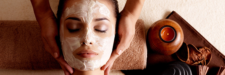 Explore The Unexpected Benefits Of Spa Facial Treatment Indulgence